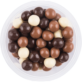 Chocolade rijstbollen melk puur en wit