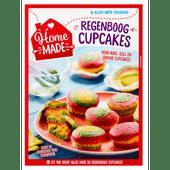 Home made Complete mix regenboog cupcake