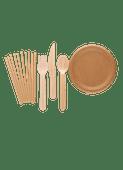 Papieren borden of rietjes of houten bestek